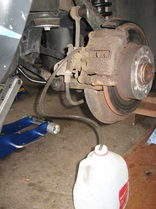 Brake fluid and clutch bleeding and flush - mk5+ VW | VW TDI forum