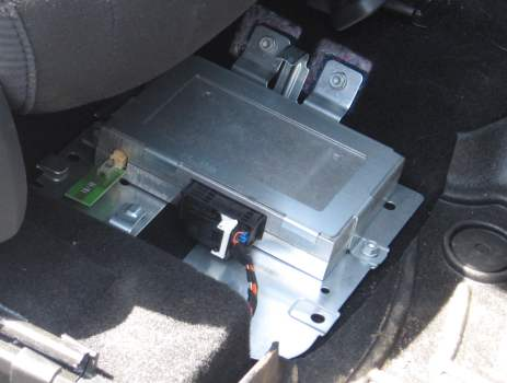Knock Sensor Location On 2009 Chevy Hhr together with 2003 Volkswagen Jetta Wiring Diagram likewise Oil Plug Location On 2008 Ford Escape additionally Chevrolet Impala Abs Sensor Location in addition Chevy Equinox Wiring Diagrams. on 2006 chevy cobalt fuse box location